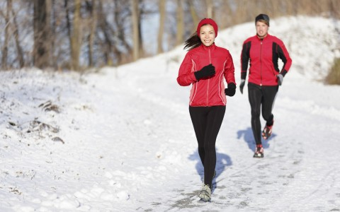 5 teigiami aspektai treniruojantis šaltame ore
